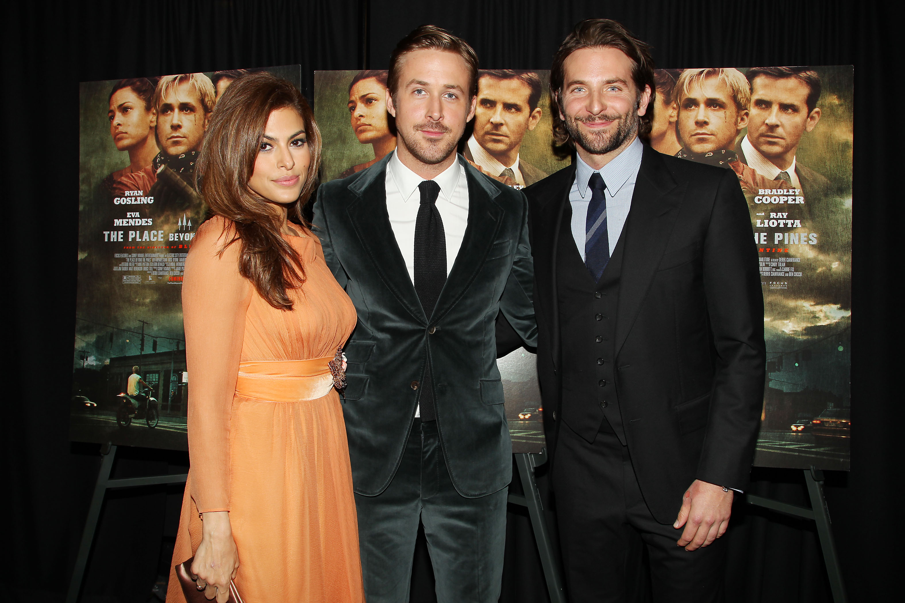 Eva Mendes, Ryan Gosling, Bradley Cooper