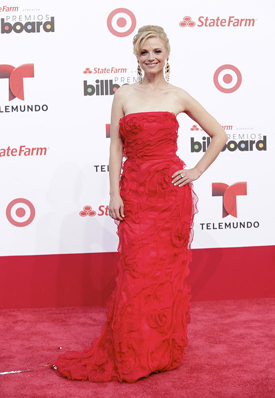 Ana Layevska, Premios Billboard de la Música Latina 2013