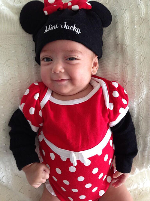 Mini Jacky, hija, Jacqueline Bracamontes