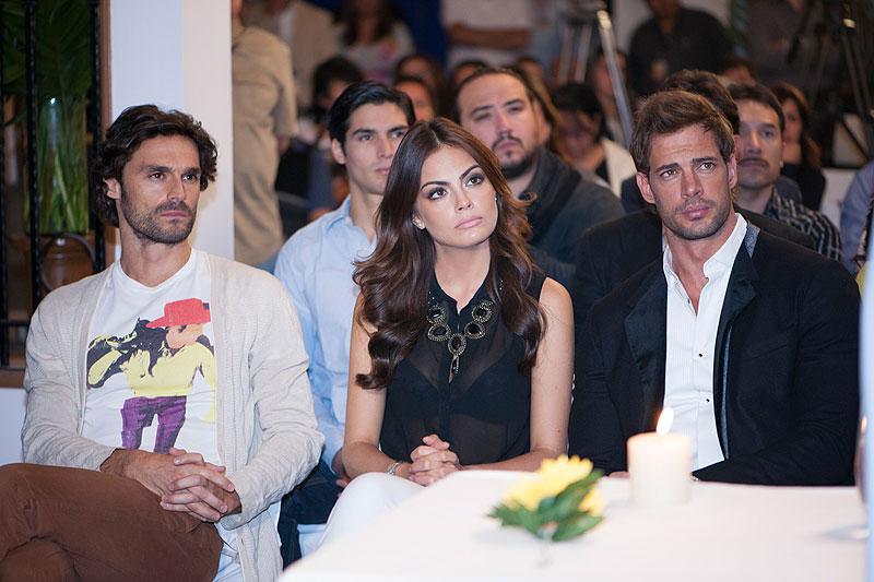 William Levy, Ximena Navarrete, Iván Sánchez, Míralos