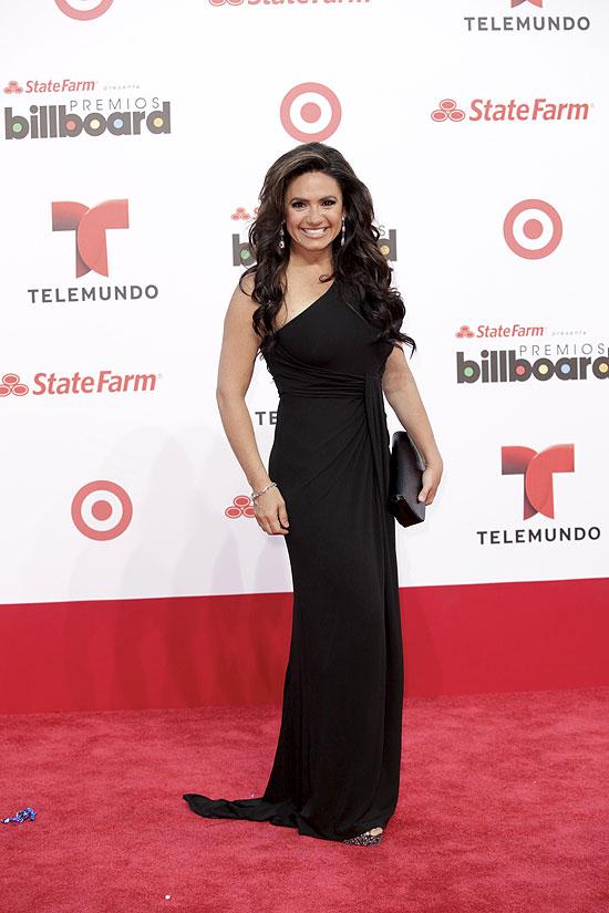 Penélope Menchaca, Premios Billboard de la Música Latina 2013