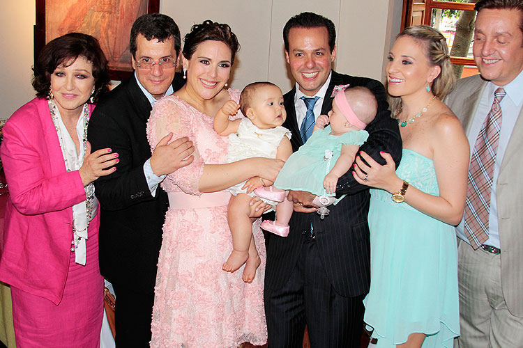 Angélica María, Angélica Vale, Otto Padrón, José Joel, Donají Rodríguez, Angélica Masiel, Francesca