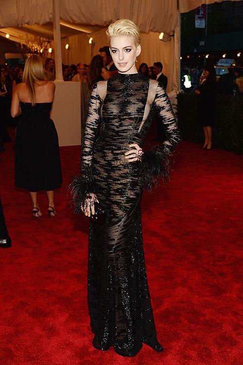 Anne Hathaway, gala, Met