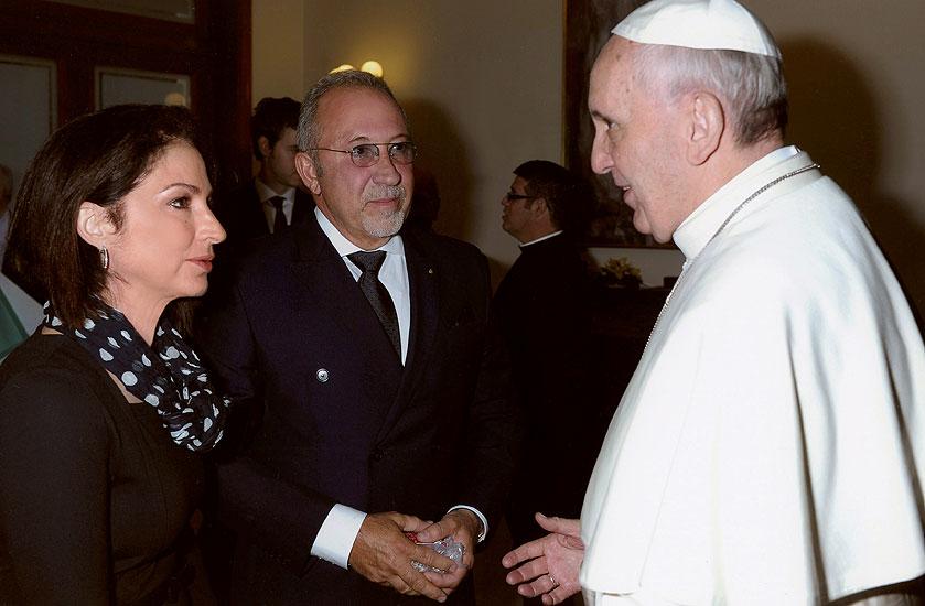 Gloria Estefan, Emilio Estefan, Papa Francisco