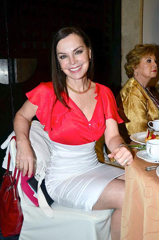 Gabriela Goldsmith, Míralos