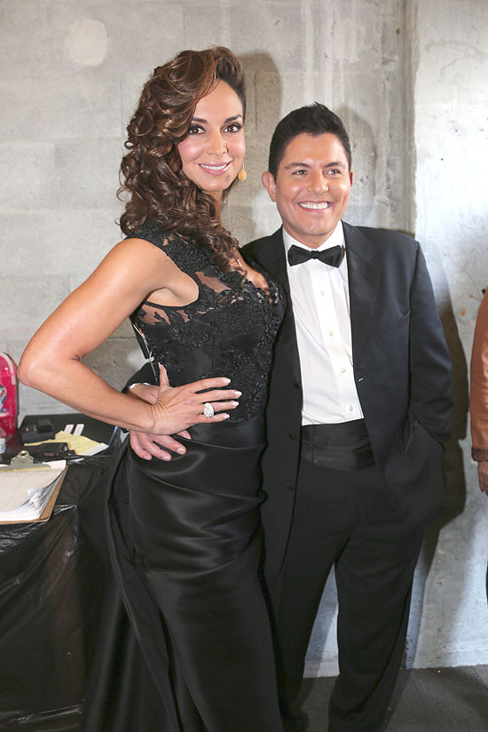 Ernesto Laguardia, Lupita Jones