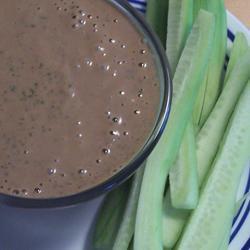 Dip de cilantro y crema de cacahuate