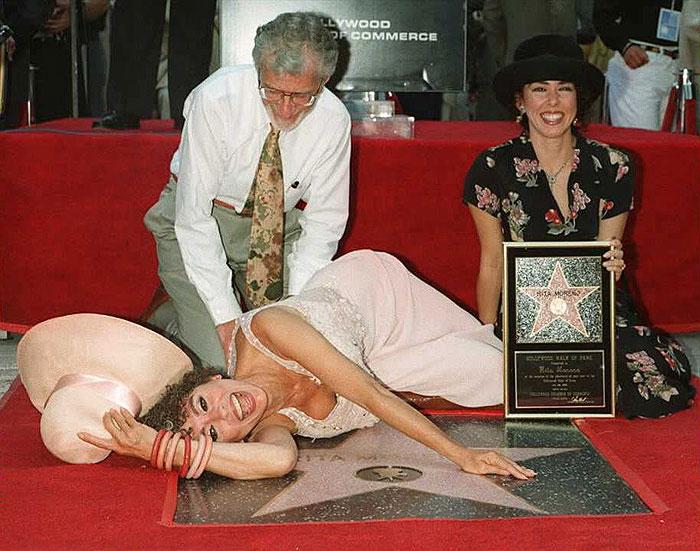 Rita Moreno, Estrella Hollywood