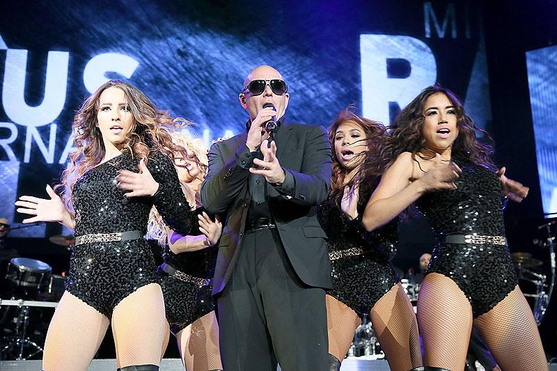 Pitbull, Míralos