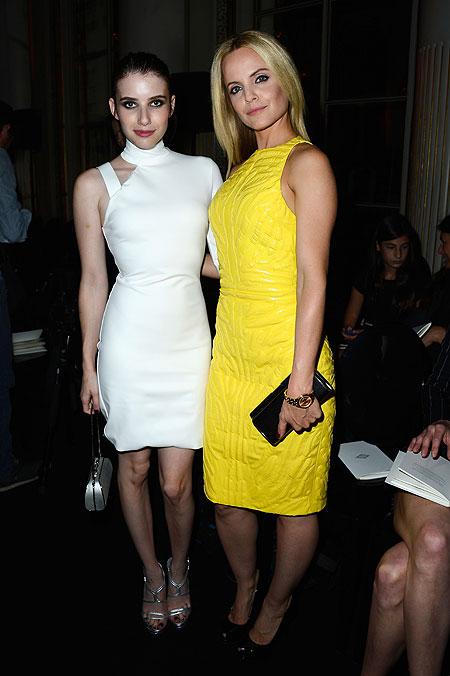 Emma Roberts y Mena Suvari