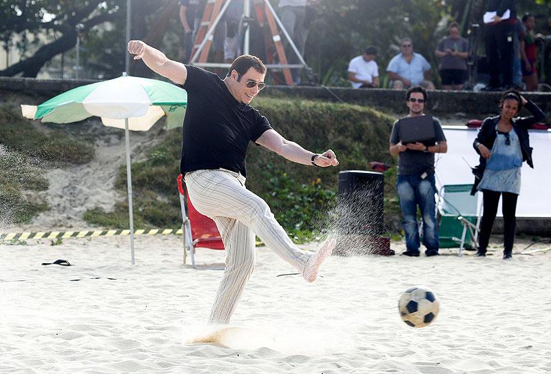 John Travolta, Míralos