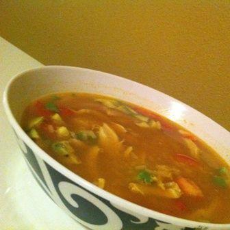 Caldo de pollo con arroz y verduras