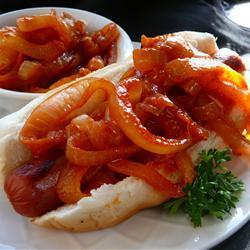 Cebollas picantes para hot dogs