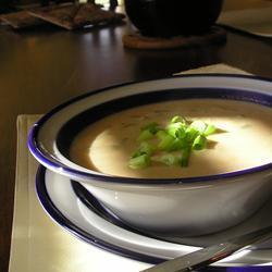 Sopa cremosa de cacahuate