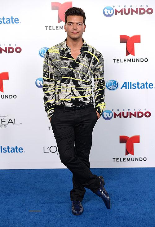Adrián Carvajal, Premios Tu Mundo 2013