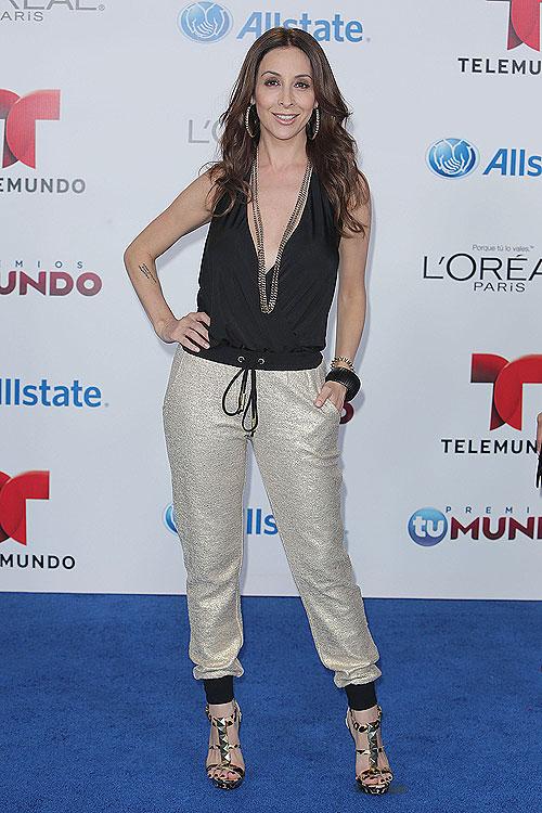 Adriana Lavat, Premios Tu Mundo 2013
