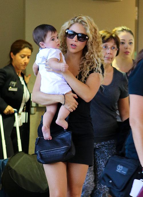 Shakira, Milan, Míralos