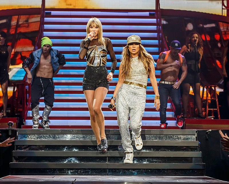 Taylor Swift, Jennifer López, Míralos