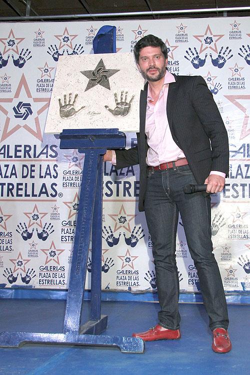 Marcelo Córdoba, Míralos