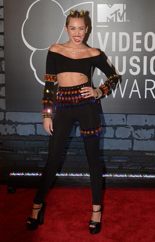 Miley Cyrus, VMA's Awards