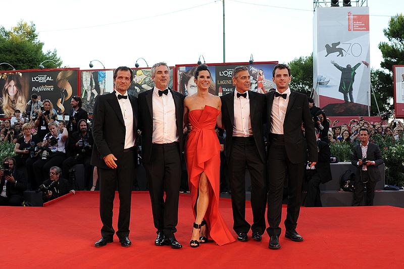David Heyman, Alfonso Cuarón, Sandra Bullock, George Clooney, Jonas Cuarón, Míralos