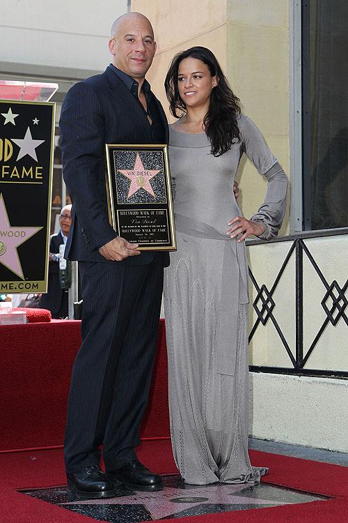 Vin Diesel, Michelle Rodríguez, Míralos