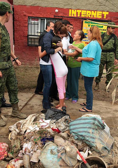 Angélica Rivera, ayuda, huracan, Ingrid, Manuel, famosos