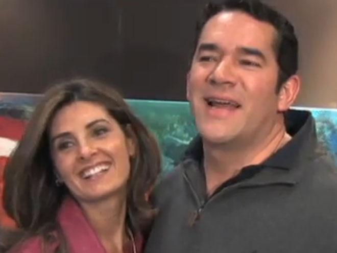Eduardo Santamarina, Mayrín Villanueva