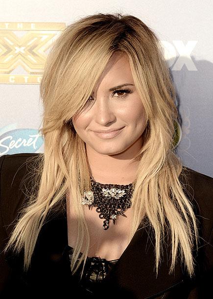 Demi Lovato, portada, libro, Staying Strong, 365