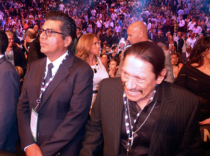 Canelo, Mayweather, pelea, fight, George López, Danny Trejo