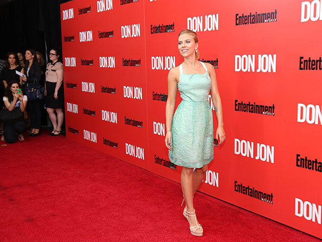 Scarlett Johansson, Míralos