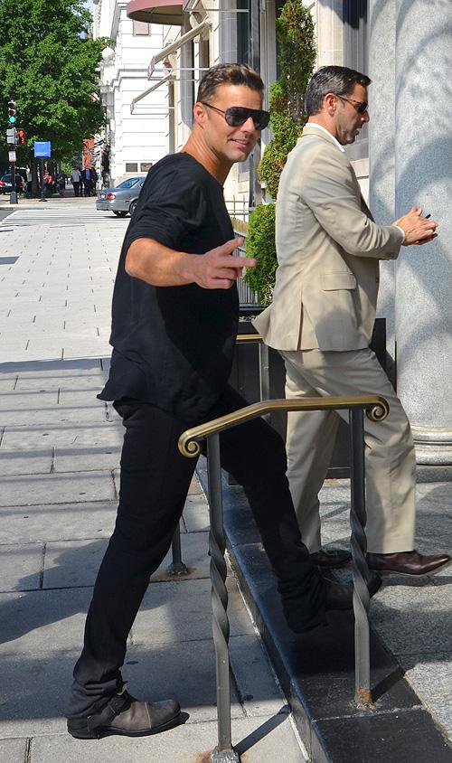 Ricky Martin, miralos