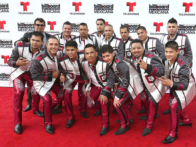 Los Elegantes de la Banda, Mexican Billboards 2013, Ellos