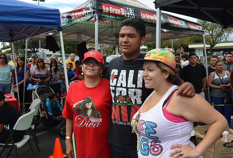 Rivera, ayuda, México, Oaxaca, Guerrero, damnificados, doña Rosa