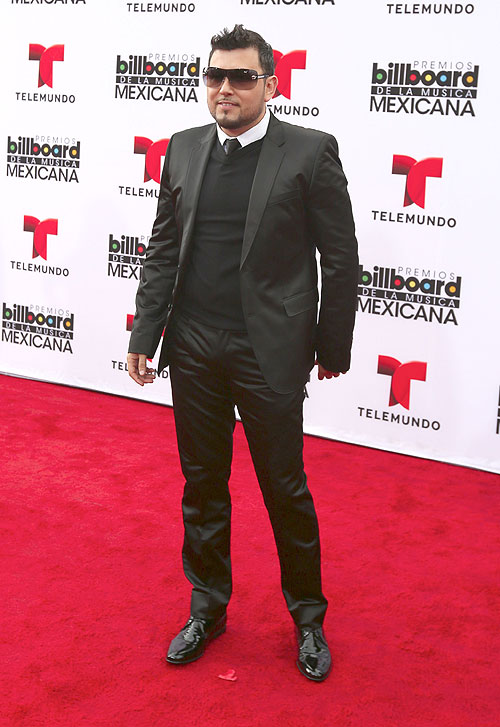 Roberto Tapia, Mexican Billboards 2013, Ellos
