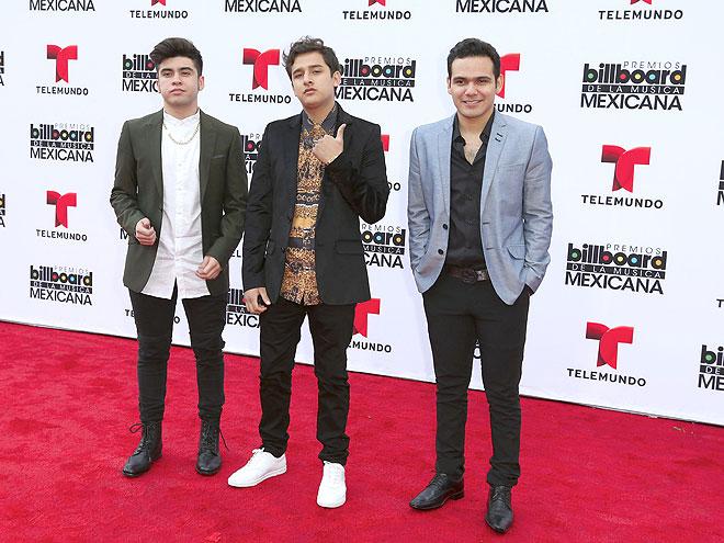 3Ball MTY, Mexican Billboards 2013, Ellos
