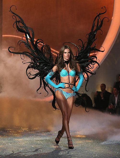 ALESSANDRA AMBROSIO, Victoria's Secret 2013