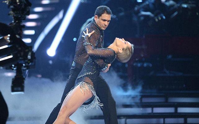 Bobby Pulido, Mira quién baila