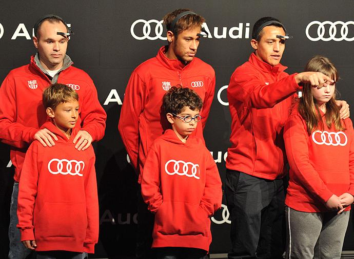 Iniesta, Alexis, Neymar, Míralos