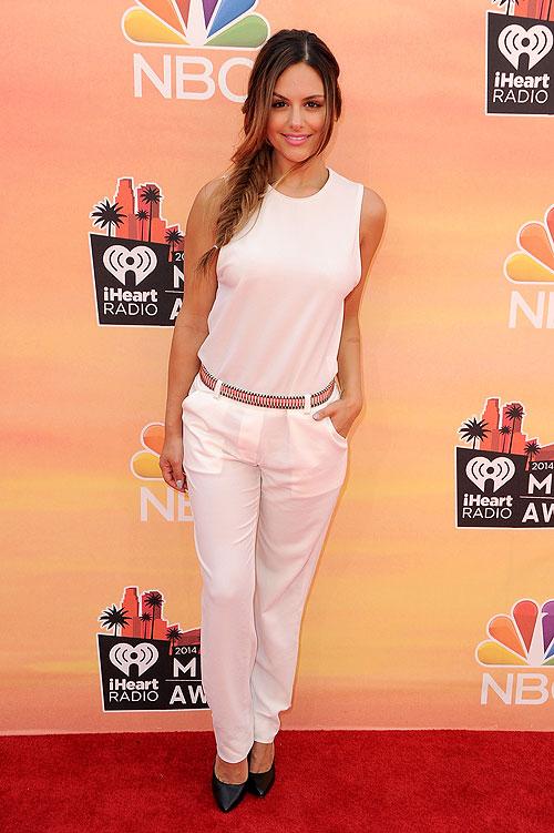 Pia Toscano, iHeartRadio Music Awards 2014, Ellas