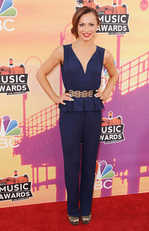 Karina Smirnoff, iHeartRadio Music Awards 2014, Ellas