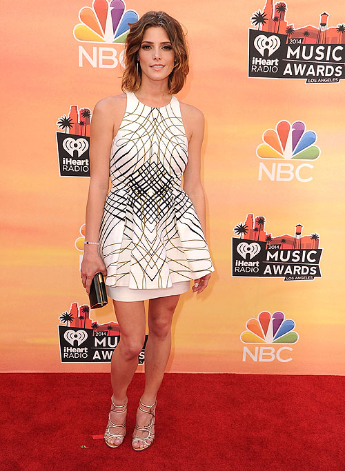 Ashley Greene, iHeartRadio Music Awards 2014, Ellas