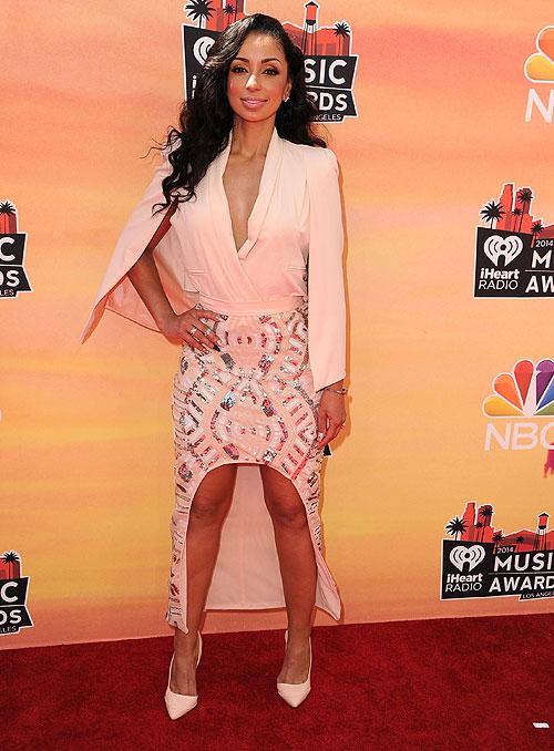MYA, iHeartRadio Music Awards 2014, Ellas
