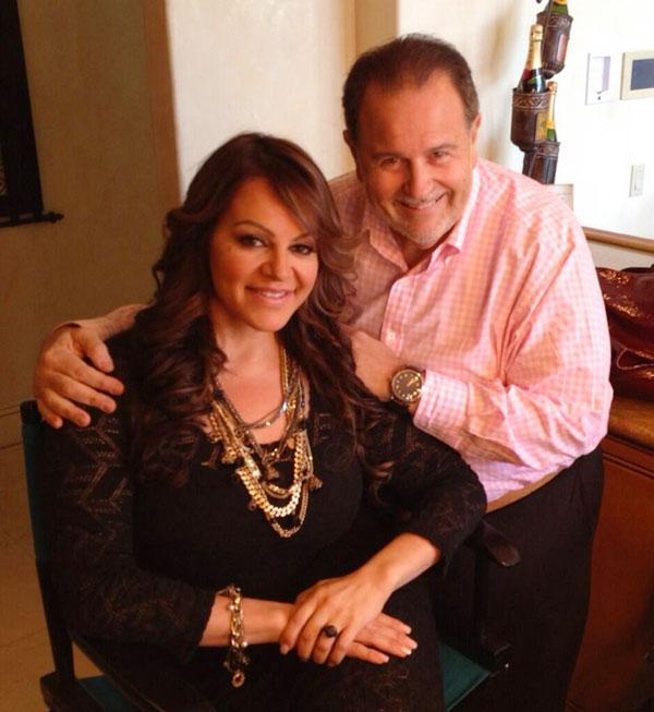 Famosos recuerdan a Jenni Rivera, raul de Molina