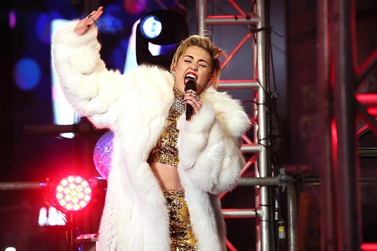 Año nuevo, 2014, Miley Cyrus