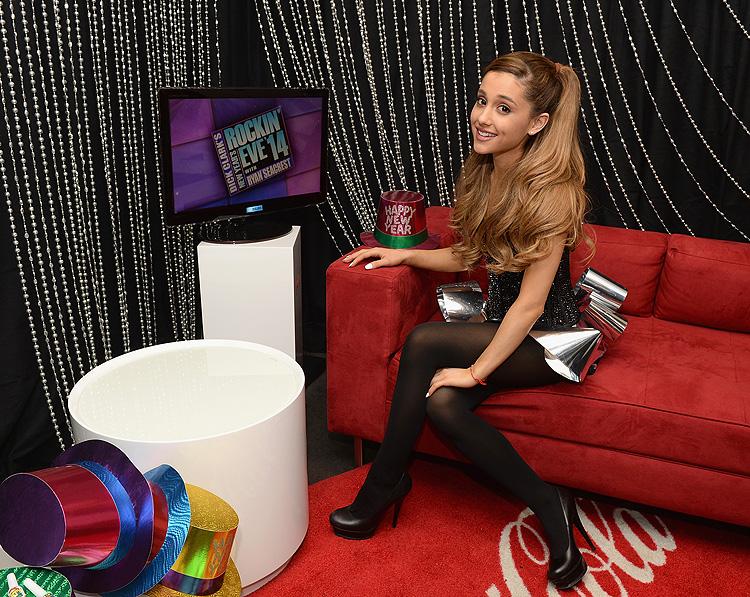 Año nuevo, 2014, Ariana Grande