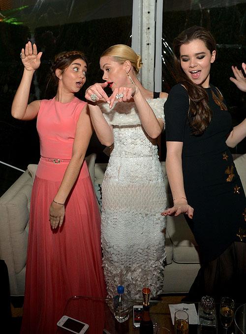 Globos de Oro 2014 fiesta después, Sarah Hyland, Jaime King, Hailee Steinfeld
