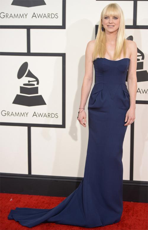 PREMIOS Grammy 2014 Ellas, ANNA FARIS