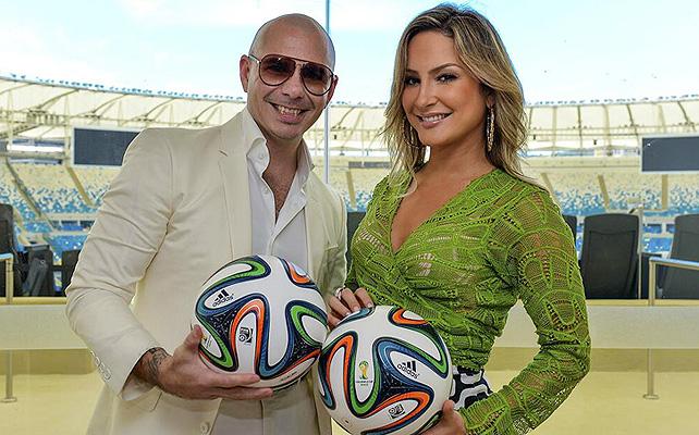 Pitbull, Claudia Leitte