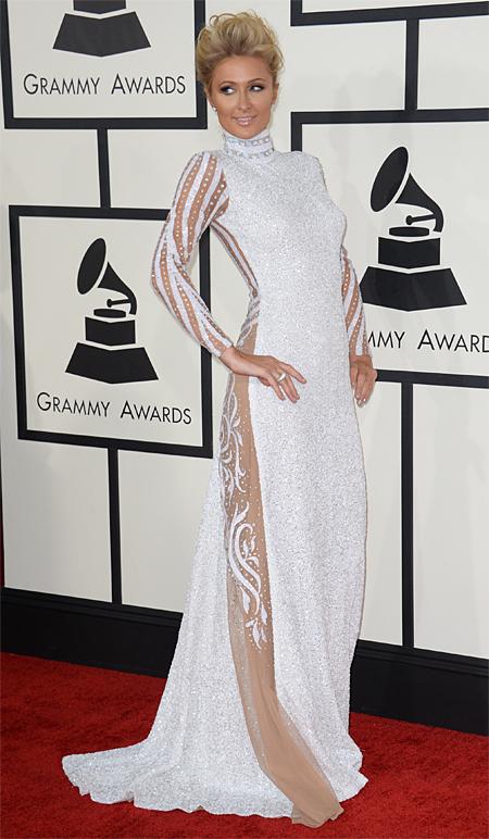Premios Grammy 2014 ellas, PARIS HILTON
